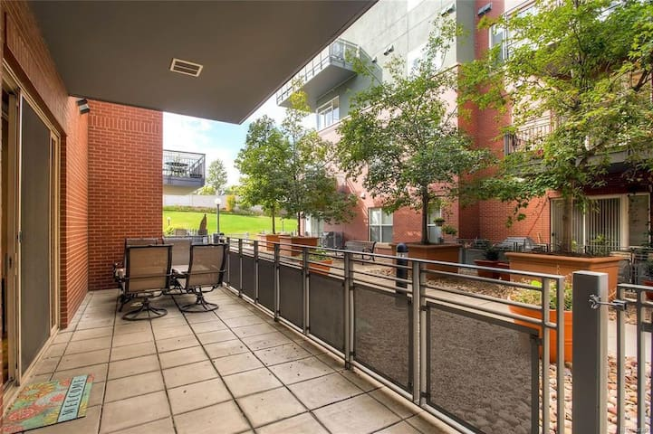 Urban 1BR in the Heart of Downtown Denver