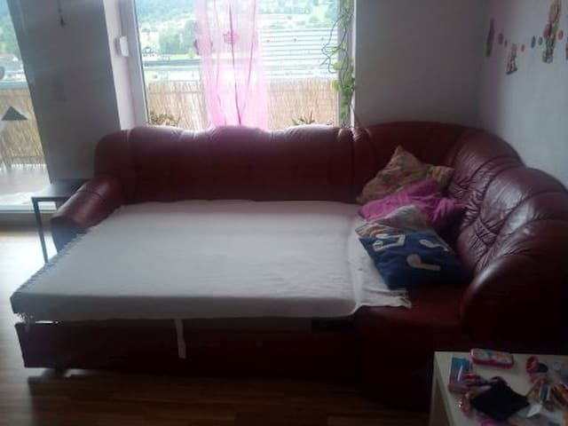 couch for 2 childloving persons - Stallhofen - Apartment