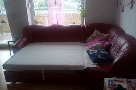 couch for 2 childloving persons - Stallhofen - Daire