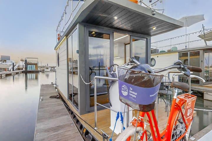 The Homeboat Company Parque das Nações III-Lisbon