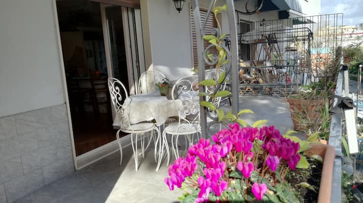 """Holidays in Naples? Come to """"De' Capri's Dwelling"""""""