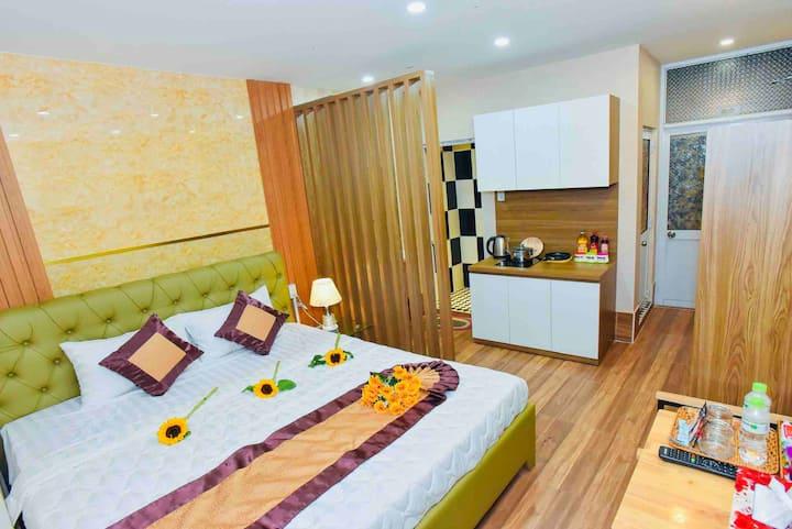 The studio room in downtown Ninh Kieu wharft