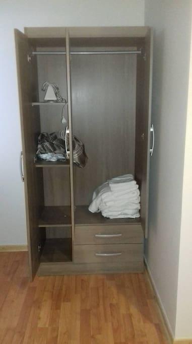 closet en cada habitación