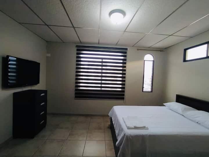 Suite norte de Guayaquil cerca Mall y Aeropuerto