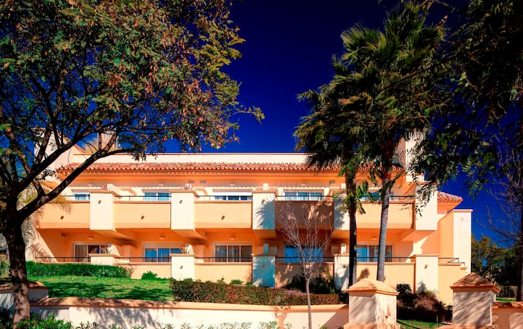 Apartamento en Greenlife Golf Marbella