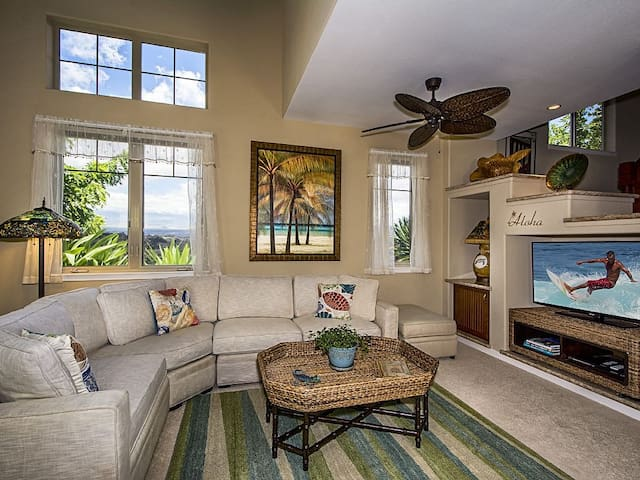 Kamaaina Welcome! Local Rates Posted. Golf Villa C-5; Mauna Lani Resort Two story villa on the golf course