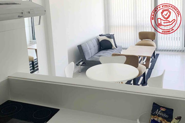 NEW LUXURIOUS ✶ Puerto Madero Suite. Self Check-in