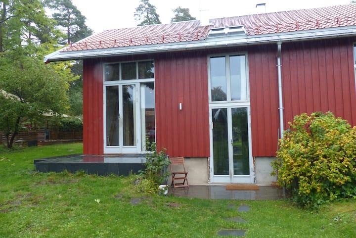 Cosy cabin. Architect designed house on Brønnøya.