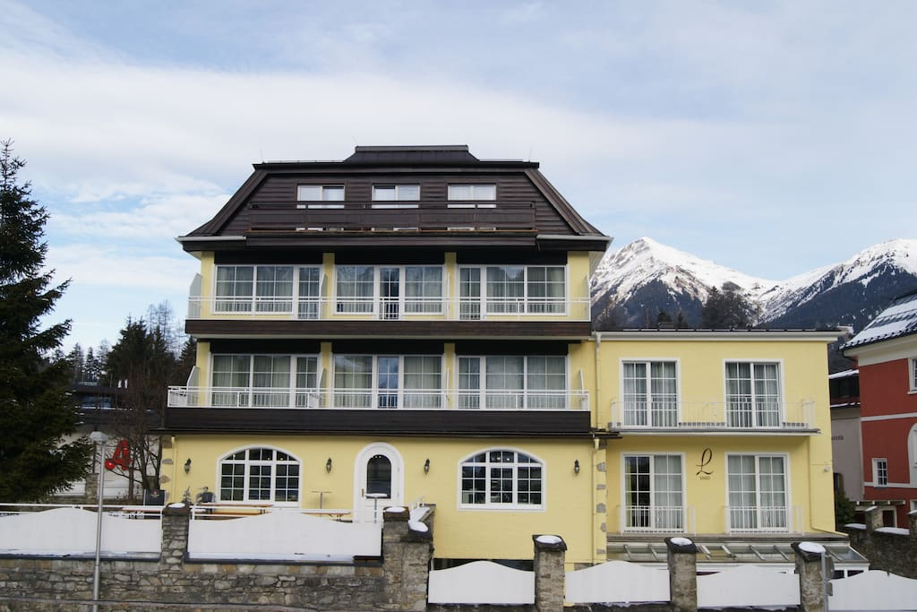 Premium double room opposite to the slopes boutique for Design boutique hotels bad hofgastein