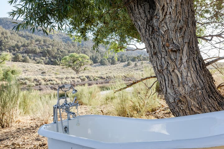 The plumbing to the outdoor shower and tub are on from June 1 to October 1 each year.