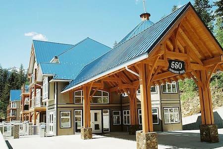 Kaslo Bay Marina Ridge Condo (#3-6) - Társasház