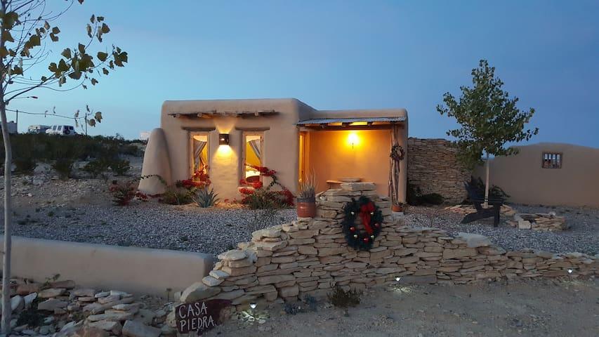 Casa Piedras/Terlingua Rentals - Terlingua - 小屋