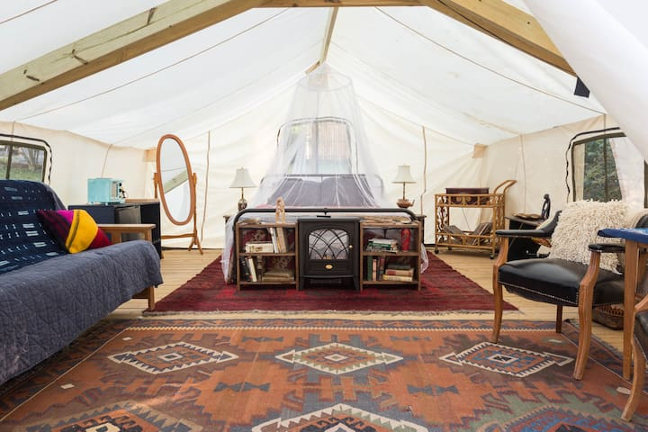 Unique Glamping Experience *HEATED* in Winter