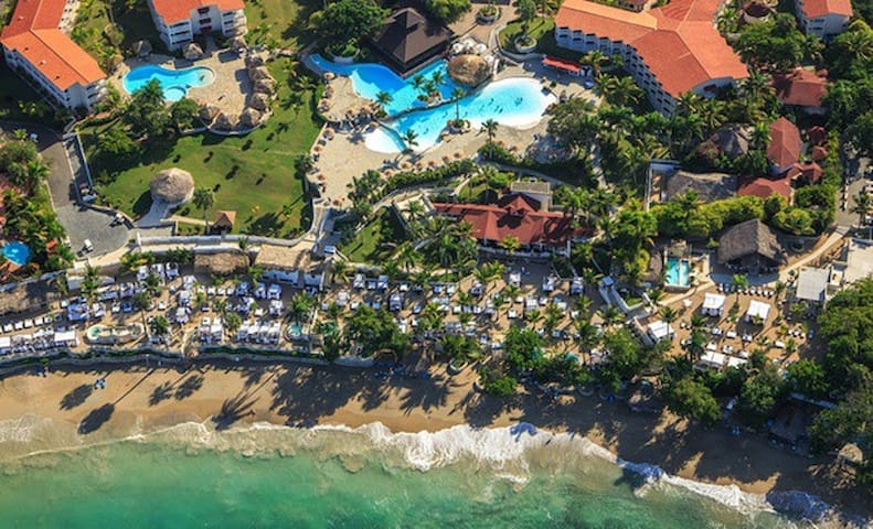 Amazing Beach Getaway! - multiple rooms available - Puerto Plata