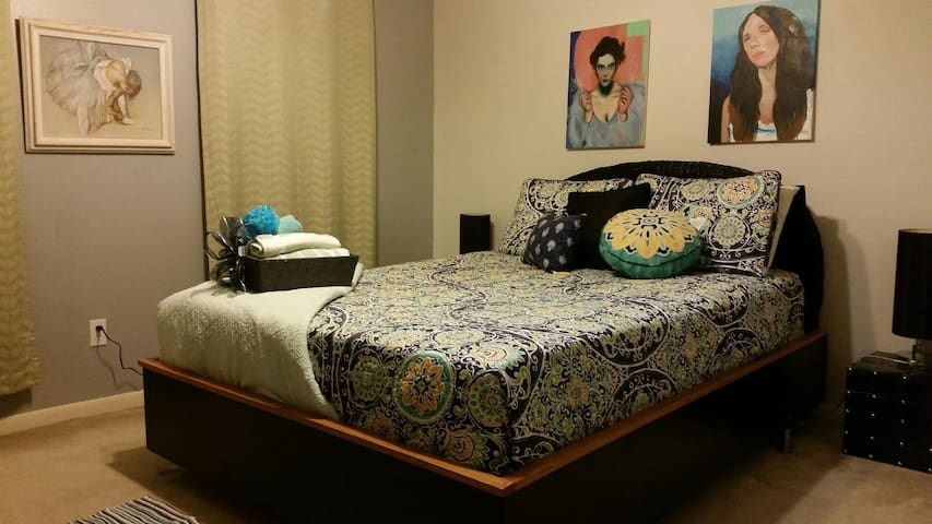 Warm cozy Bedroom. Feels just like Home!