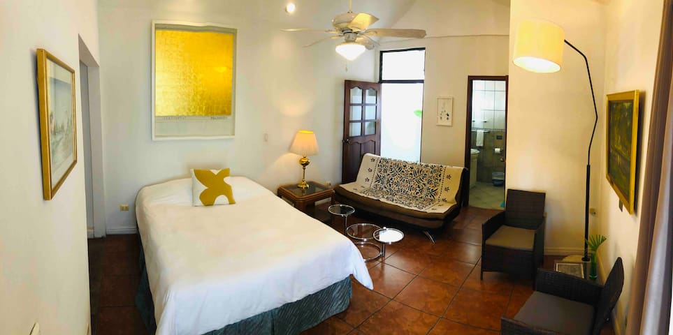 Casa Botánica de Otoya: Studio Apartment