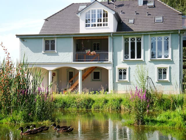 geräumiges Apartment im Grünen für 1-5 Personen - Wolnzach - Apartament