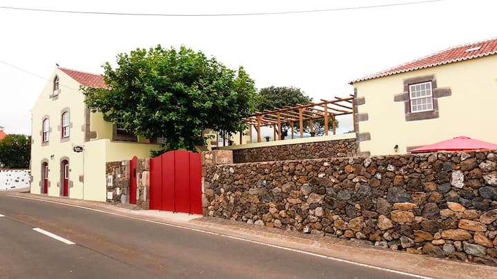 Casa do Plátano - Suíte Dupla + 1 c/ vista mar
