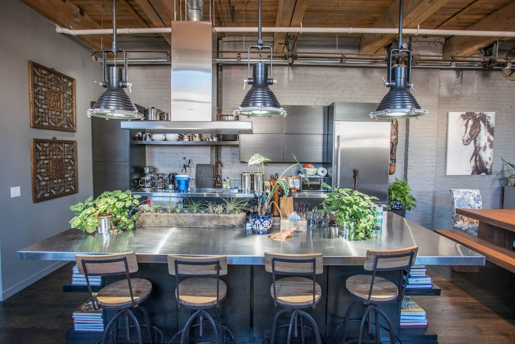 The open kitchen, which is more or less the focal point of entertainment...