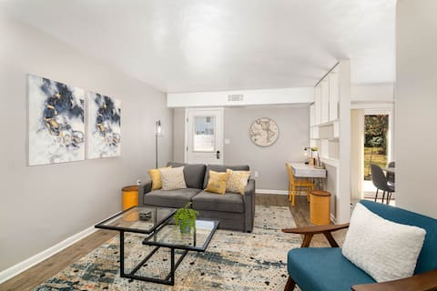 A Ray of Sunshine - Duplex, Close to Everything