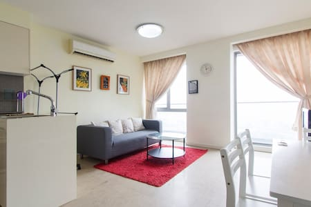 Charming Bukit Bintang Apartment KL - Apartamento