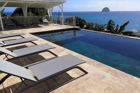Studio dans résidence avec piscine