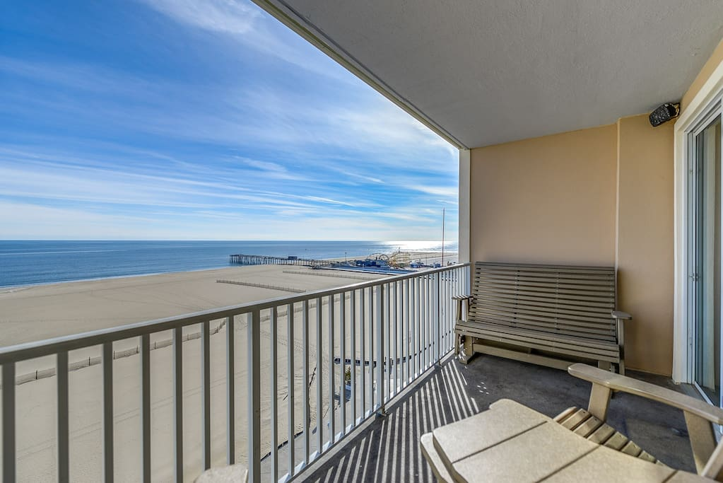 Oceanfront balcony looking South at Inlet pier
