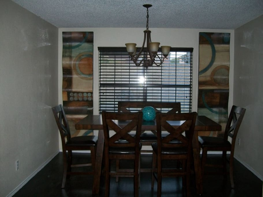 Enjoy good food and fun in this space_Dining room