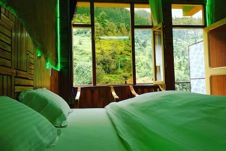 🏡2_wooden Cozy rooms with balcony🌅Jibhi Heaven⛄️
