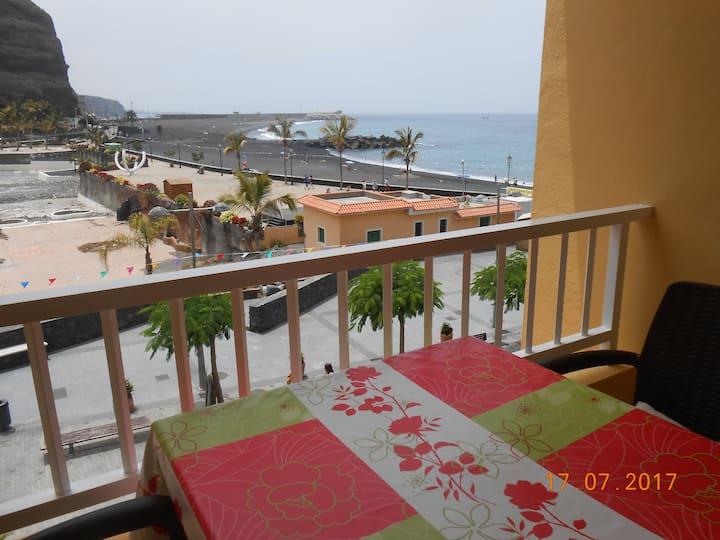 Apartamento Puerto Tazacorte en 1ª línea de playa