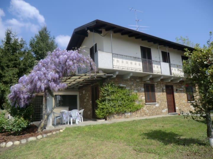 Casale Cadeloro villa in campagna