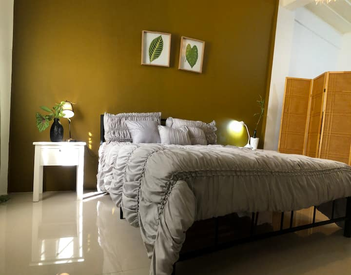 Couple Room in Lucena