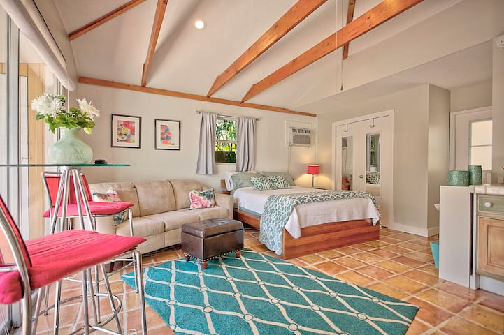 Charming Cottage in Northwood Historical District