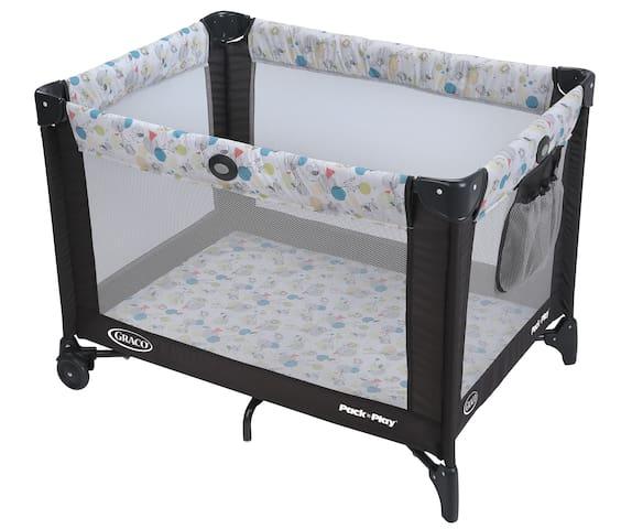 In case you want to bring your baby!  Por si quiere traer su bebé!