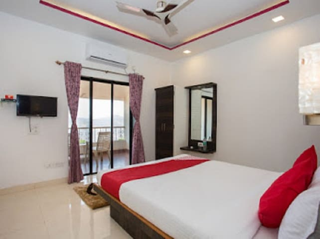 Valley View Residency(Super Deluxe Room)