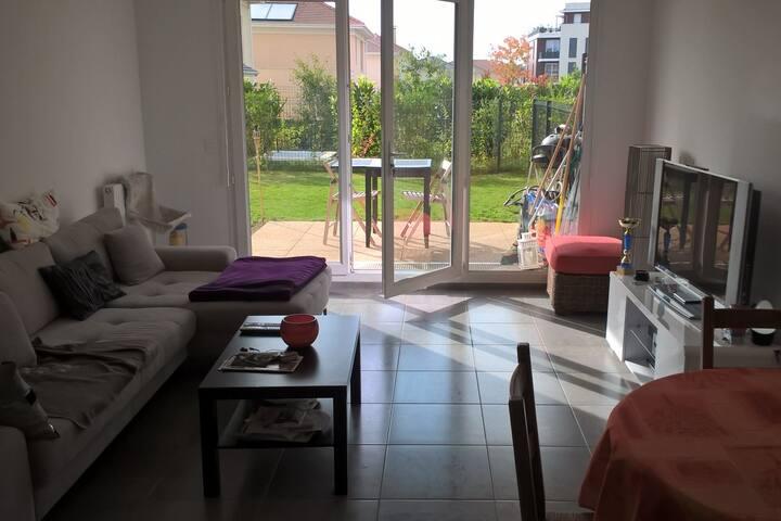 Appartement moderne 62 m2 avec jardin privatif