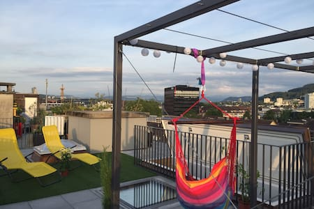 Rooftopterrasse - cozy new room near city center