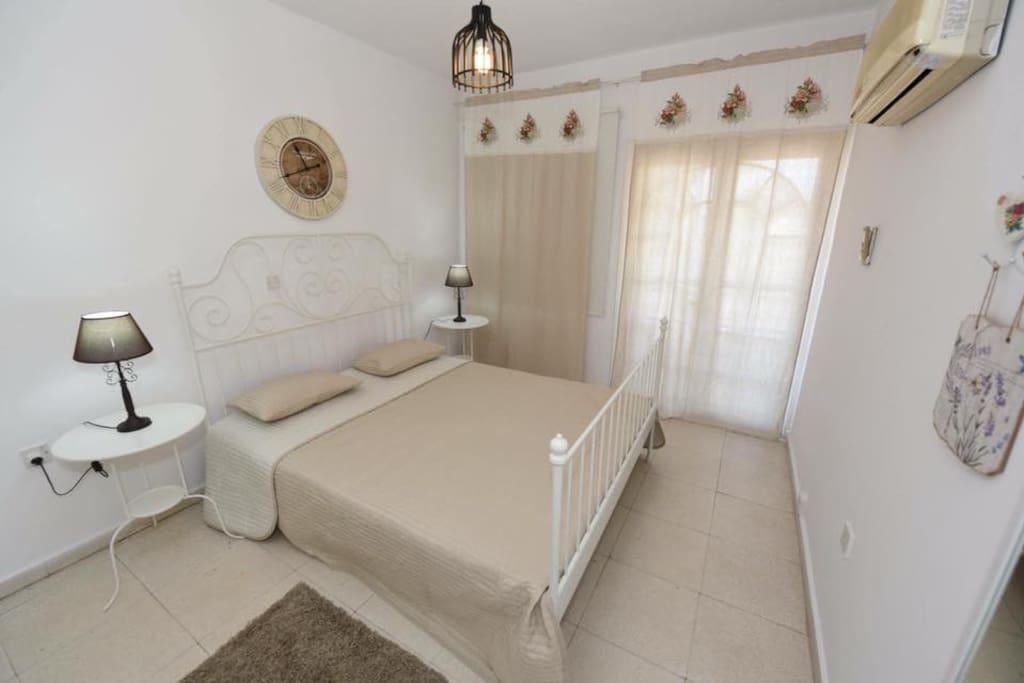 Bedroom 1/2