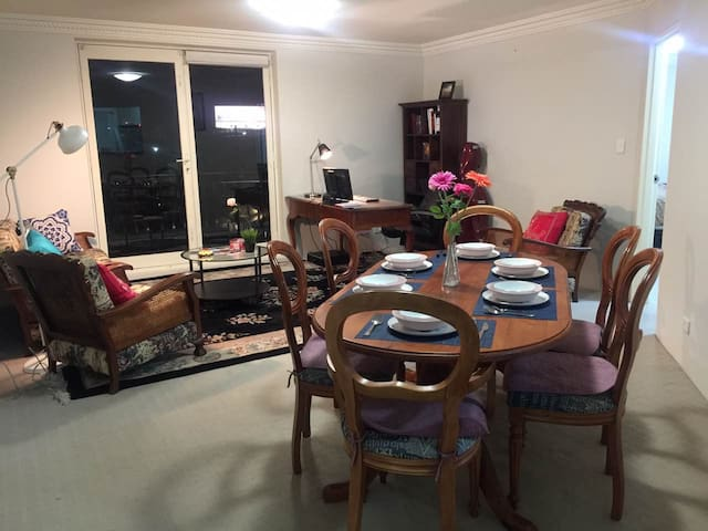 Sydney lovely 3bedroom 3KM to USYD - Leichhardt