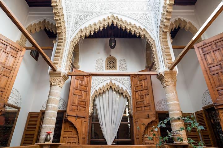 Tradition dans un Riad du 18 ième dans la Médina