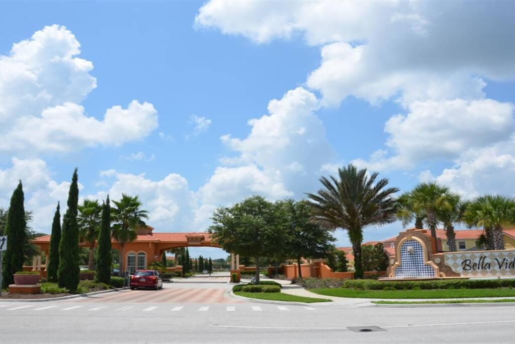Sweet Home Vacation Disney Rentals Vacation Homes Florida Orlando Bella Vida Resort