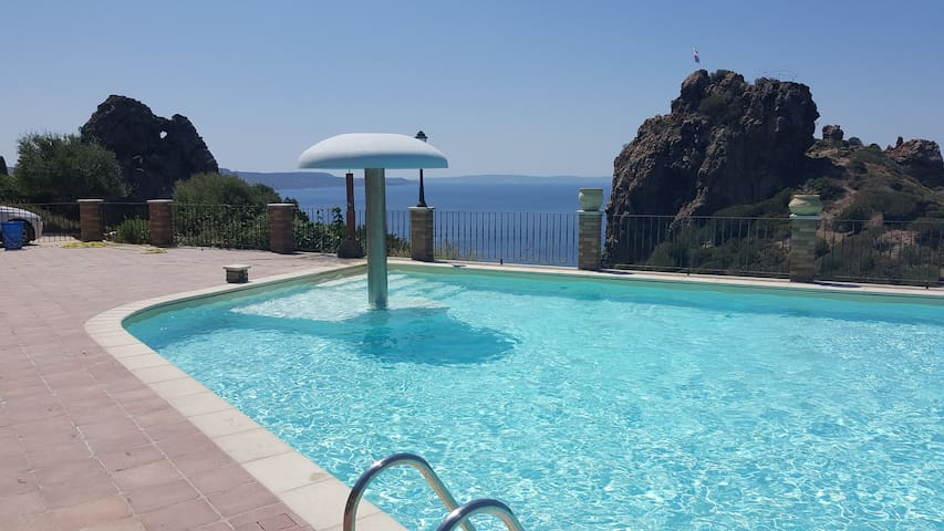 Emotions overlooking the sea!!! (Villa 2)