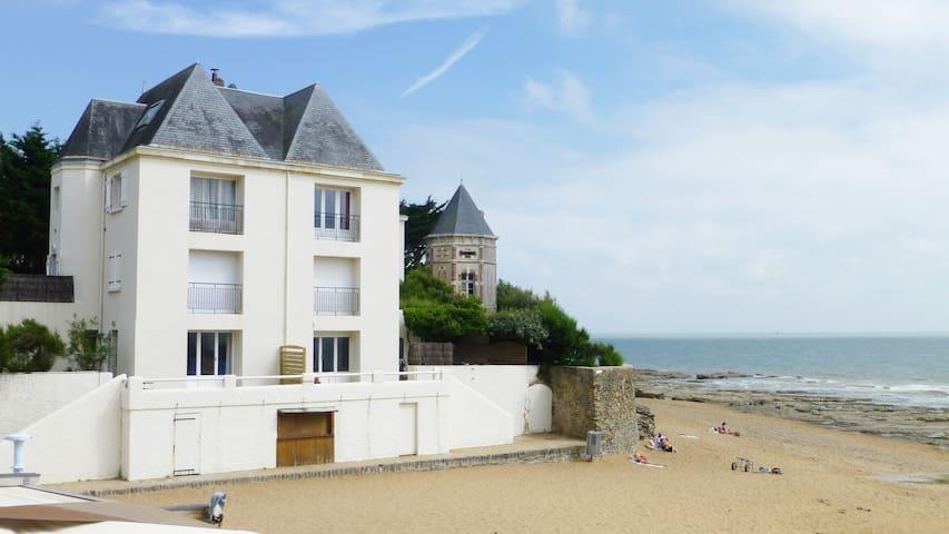 Duplex Exceptionnel accès privé sur la plage