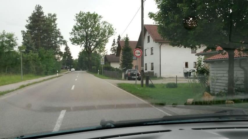 Leben im Grünen in der nähe von München - Ismaning