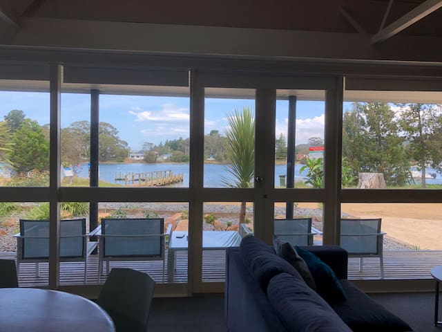 Waterfront Orford by IMOLA (Sleeps 8 with Pool)
