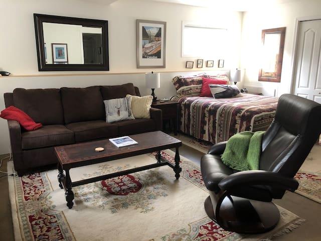 Lodgepole Pine Bed & Breakfast