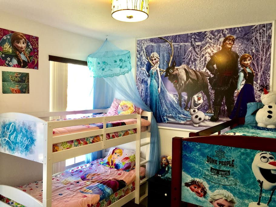 """Let it go"" Frozen themed room for girls and boys"