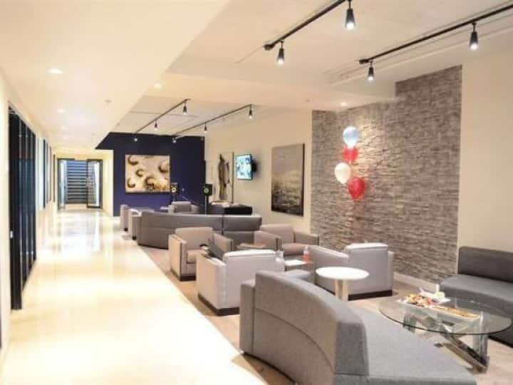 Private room in a Modern Condominium