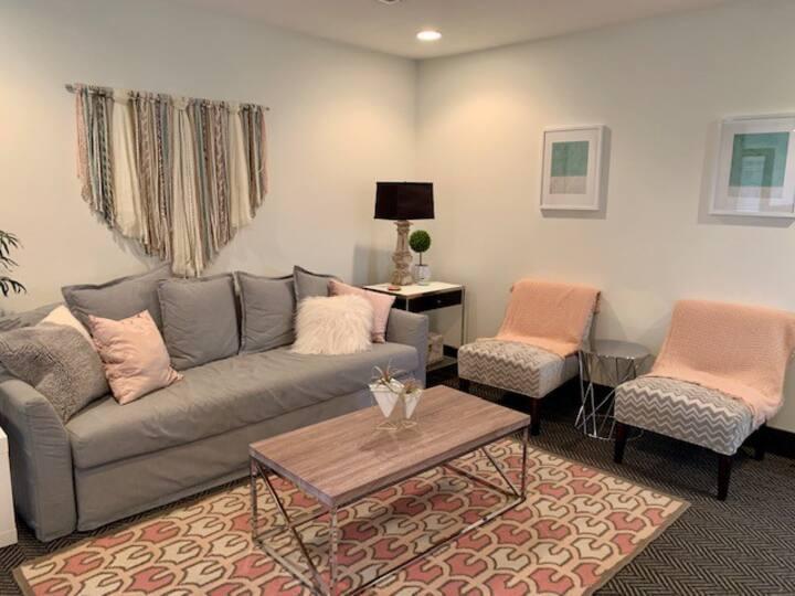 Serene Studio Apt in 12S/Belmont-Hillsboro Area