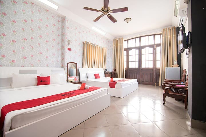 RedDoorz Family Cozy Room Near Ben Thanh Market